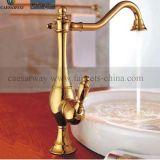 Золотистый санитарный Faucet кухни крана воды изделий