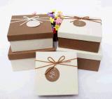 Empacotamento diferente da caixa de presente do cartão dos tamanhos