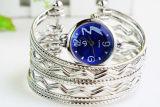 2017人の方法夏の女性の高品質の水晶ブレスレットの腕時計