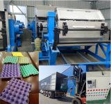 Gedrehtes Papierfrucht-Tellersegment, das Maschine herstellt