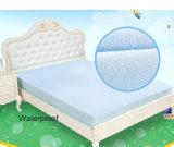 Bâtis de procès de matelas d'épreuve de l'eau de Madame confortable superbe épatante de bébé et de personnes âgées