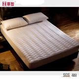Cubierta de colchón acolchada tela de la profundidad del poliester alta