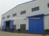 Gruppo di lavoro chiaro prefabbricato/magazzino della struttura d'acciaio