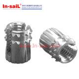 L'amorçage universel d'acier inoxydable insère la noix