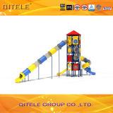 114mm galvanisierte Pfosten-bunte luxuriöse vier Schichten Plattform-und längere Gefäß-Plättchen-Kind-im Freienspielplatz-Gerät