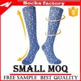 Kamm-BaumwollFastfood- abgestufte Komprimierung-Socken der Männer