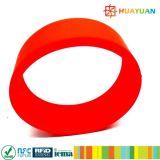 13.56MHz ISO14443A MIFARE 1K classico impermeabilizzano il braccialetto del wristband del silicone RFID