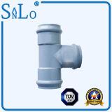 Três soquetes e uma tubulação da passagem dois UPVC/PVC/Ppv de Sanlo
