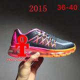 Taille 36-44 de 2017 de la marque 2015 neufs d'air femmes uniques de coussin et de chaussures de course du Mens