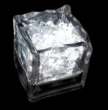 棒のための小型ロマンチックで明るい角氷