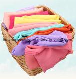 スカートのスカーフのためのポリエステル軽くて柔らかいファブリック