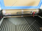 金属レーザーの切断の切口の彫版機械