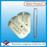 L'étiquette de crabot gravée en métal font des étiquettes en métal avec le logo fait sur commande
