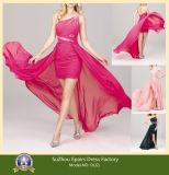 La mousseline de soie sexy perlant et plissent la robe 100% haute-basse de bal d'étudiants de robes de soirée d'épaule de la mode une de travail manuel (DL61)