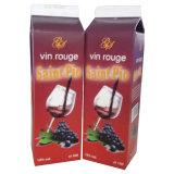Carton superior do pote do vinho tinto com boné
