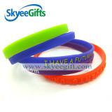 Le fasce stampate poco costose di Bracelet&Wristband di festival hanno personalizzato tutti i Wristbands di formati