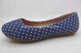 子供のための小さい星の印刷のキャンバスのバレエの平らな靴