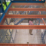 El panel de acero de la red del entresuelo