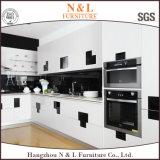現代台所デザイン光沢度の高いラッカー木製の食器棚の家具