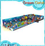 >Kindergarten il raggruppamento di plastica della sfera
