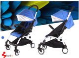 Schöner moderner klassischer Baby-SpaziergängerPram