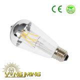 La lámpara larga St64-4L 4W de la vendimia del filamento del LED calienta la base blanca E27 que amortigua el bulbo