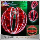 Luzes grandes das esferas do Natal colorido ao ar livre da decoração do diodo emissor de luz 3D