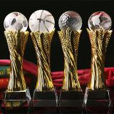Trofeo del vidrio cristalino con el arte de la bola para el deporte