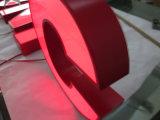 Adbertising Business Signature 3D illuminée Acier inoxydable Metal Aluminium Fabrication LED Sign Red Alphabet Channel Lettre Custom Open Neon Sign