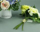 Flor artificial decorativa de los ramos del ranúnculo y de la baya (SF12506)