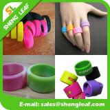 多彩なシリコーン指リング(SLF-SR020)を広告する個人化された方法
