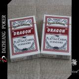 Tarjetas que juegan estándar del dragón