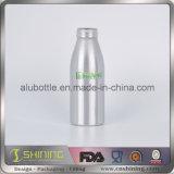 Круглая серебряная алюминиевая бутылка питья напитка