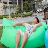 Самая лучшая продавая кровать спать банана софы воздуха внешней деятельности раздувная