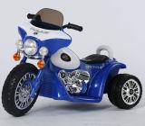 Conduite du modèle 2016 neuf sur la moto inférieure dans le prix