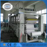 Máquinas de capa en el papel