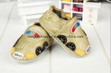 子犬パターン: 革赤ん坊靴