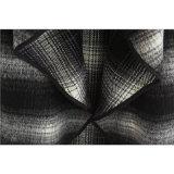 Molkereischwarzweiss-Plaid-Tuch für Kleidung der Frau