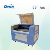 Sello de goma mini grabado de corte de láser de CO2 máquina (dw6040)
