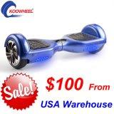 Zwei Rad-Selbst, der elektrischen Roller Hoverboard E-Roller mit Bluetooth Musik LED balanciert