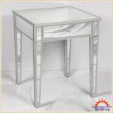 Las reflexiones de la vendimia reflejaron el vector de consola con la madera de plata