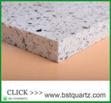 Pedra branca de quartzo da parte superior contrária de cozinha de China