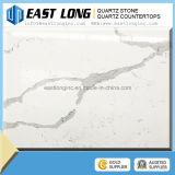 Pedra de mármore branca artificial barata de quartzo da cor de Calacatta para a decoração