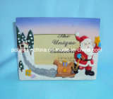 Snow ManおよびReindeer StatueのPolyresin Christmas Photo Frame