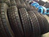 Le premier pneu stigmatise la taille 1000r20