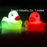Giocattolo di gomma di Duckies dell'acquazzone di bambino di incandescenza di abitudine LED