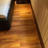 Трудный деревянный справляясь настил Iroko настила твердой древесины Okan деревянный