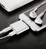 2 in 1 Blitz-Adapter für das iPhone 7/7 Plus/Aufladeeinheitund Kopfhörerstereojack-Adapter