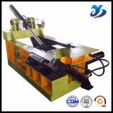 ヨーロッパ規格のセリウムの証明書の屑鉄の梱包機または無駄のプラスチック梱包機