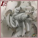La seda suave de la sensación modificó la tela para requisitos particulares viscosa impresa para la alineada
